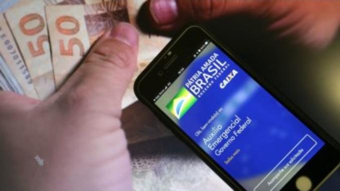 NOVO AUXÍLIO EMERGENCIAL  – Bolsonaro afirma que novo auxílio deve voltar em março, com parcelas de R$ 250