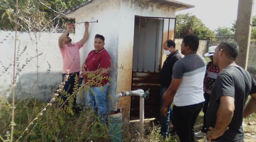 Vereadores intermediam solução para falta de água em povoado Ponta de Areia em Alcântara
